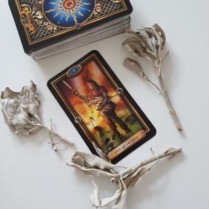 Tarot readings 5 of Swords Ciro Marchetti Josephine Ellershaw Easy Tarot deck