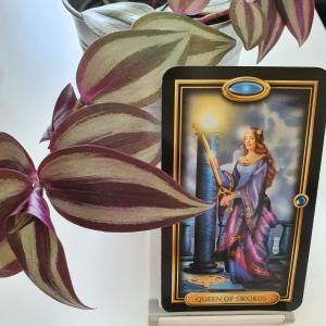 Queen of Swords Tarot readings at The Tarot Way Image courtesy of Ciro Marchetti